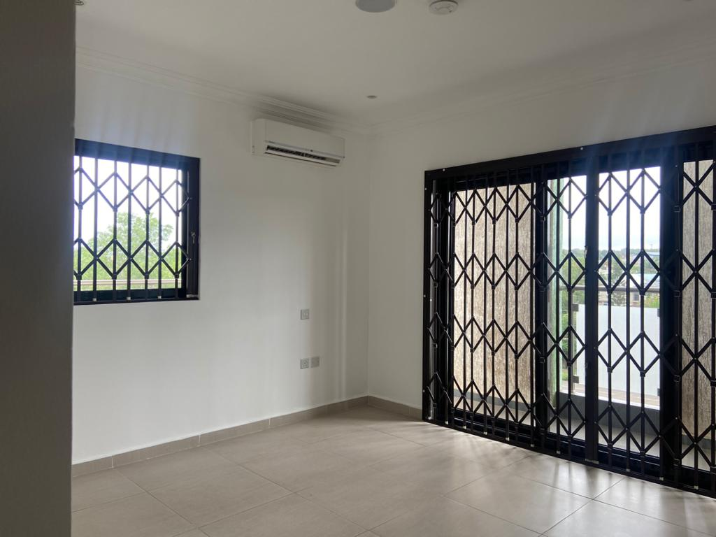 2 Bedroom Unfurnished Apartment For Rent- RyWard Properties